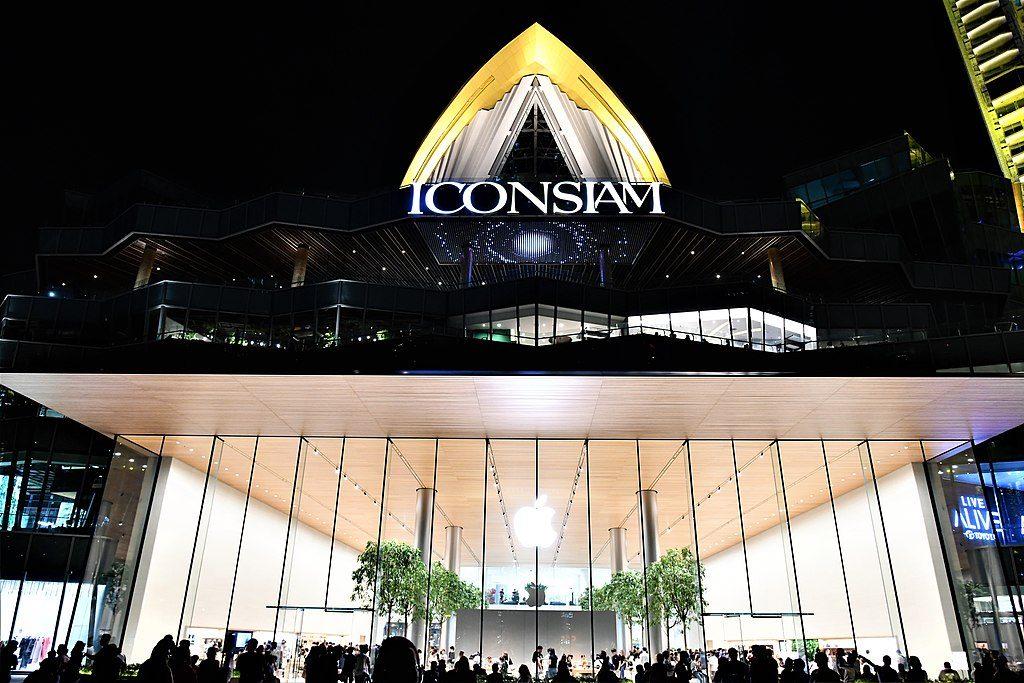 iconsiam complex bangkok thailand